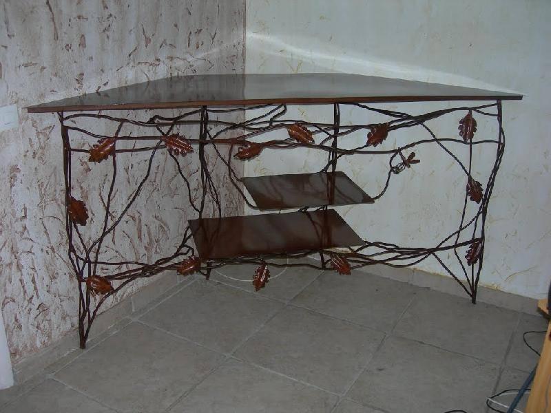 divers mobiliers et luminaires en fer forg aix en provence la petite forge. Black Bedroom Furniture Sets. Home Design Ideas